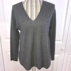 [Vince] Vneck Cashmere Sweater